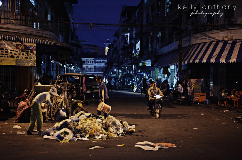 a photo a day: collecting rubbish at night, phnom penh