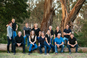 Family-portrait-photographer-ivanhoe